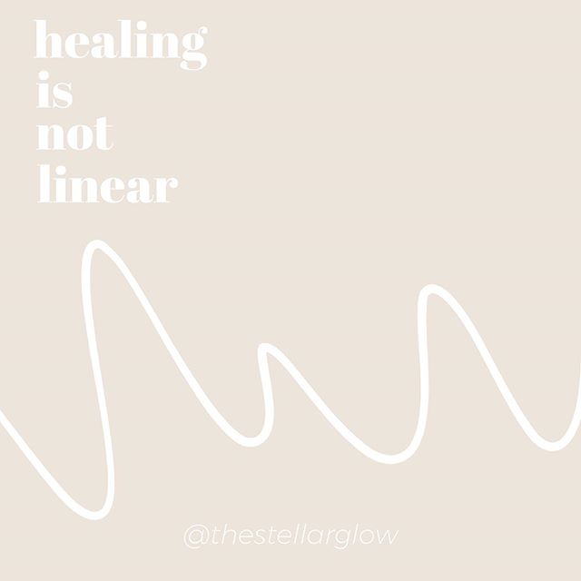 REMEMBER THIS ON YOUR ACNE HEALING JOURNEY….⠀ ⠀ Healing is not linear.🎢 ⠀ ⠀ The pathway to healing is almost always an up + down rollercoaster. You can't expect your skin to be completely clear in a couple of months if your body has been imbalanced for years. It took time for your root causes to manifest as acne. ⏰ ⠀ ⠀ So please be patient + kind with yourself during the process. 💕 ⠀ ⠀ Some of us might breakout more before our skin clears up! Some of us might notice our skin clear up super fast initially but then start to break out a bit more before clearing again. Others might notice no improvements for a few months and then BAM their skin clears up seemingly overnight. There's no way to know what your healing path will look like until you get on it. ⠀ ⠀ Identifying YOUR unique hidden internal triggers + dysfunctions is KEY🔑 . These factors are different for everyone and it can take some time to find + address all of them. There are SO many variables that impact how up + down your healing process is! 📉📈⠀ ⠀ 📢HEALING IS A WHOLE BODY + MIND PROCESS. You're not going to do yourself any favours if you just focus on one area. Your body systems are all intimately connected as a whole and not just as individual systems. ⠀ ⠀ I completely get how ineffably exhausting it can be to keep going when you don't see the results you want right away. How you feel like giving up when things get too difficult. How you would rather throw in the towel and take a pill to clear your skin rather than tackle the root causes head on and kick acne to the curb once and for all. Because you're working so damn hard to clear your skin + feel good but it's just not working fast enough. It's frustrating. I know because I've been in your shoes. ⠀ ⠀ Listen up!👂Your skin might not be clear yet but is your body giving you other little signs that can give you hope that you're moving in the right direction? ⠀ ⠀ Maybe your digestion has improved, you're sleeping better or you're no longer HANGRY! 😡Those li