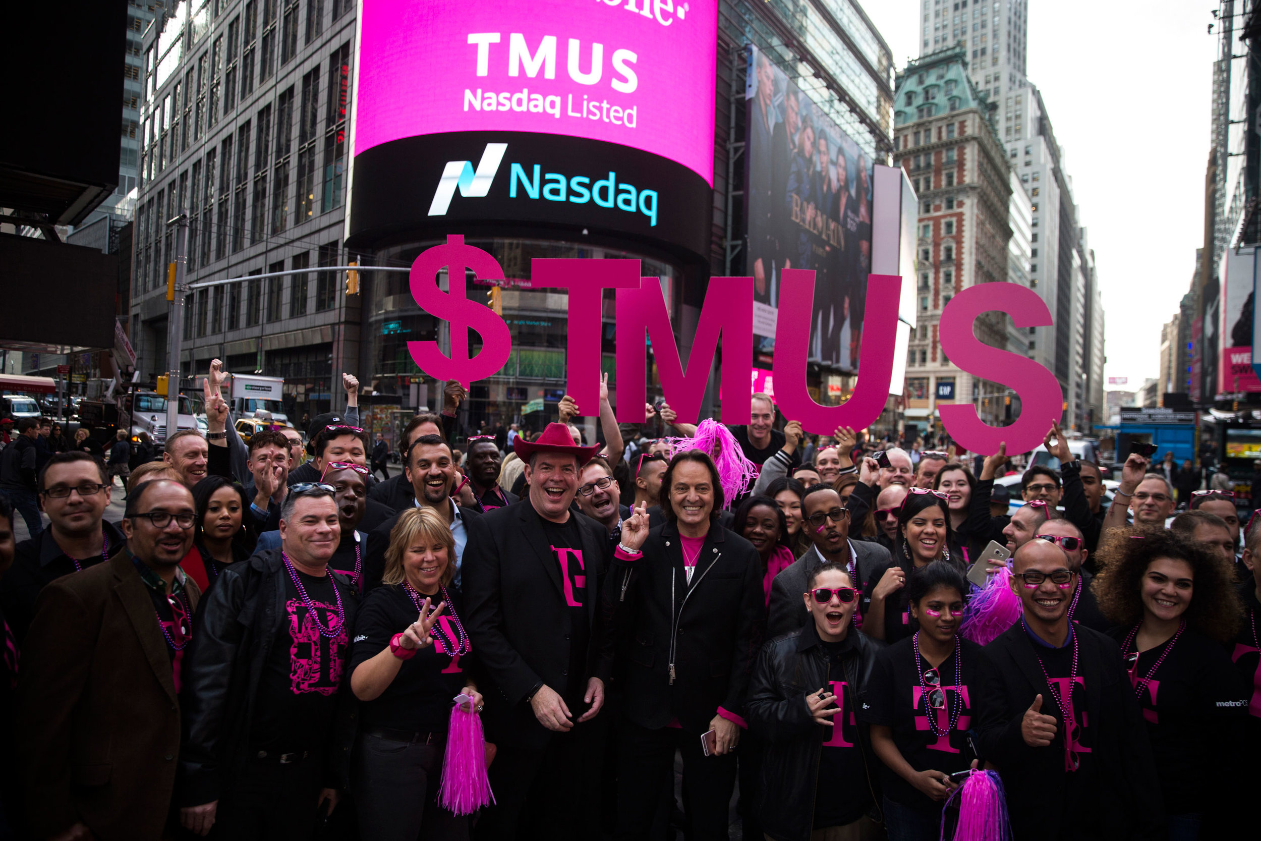 T-mobile_Tuesdays_CodyKussoy_TimeSquare_07.jpg