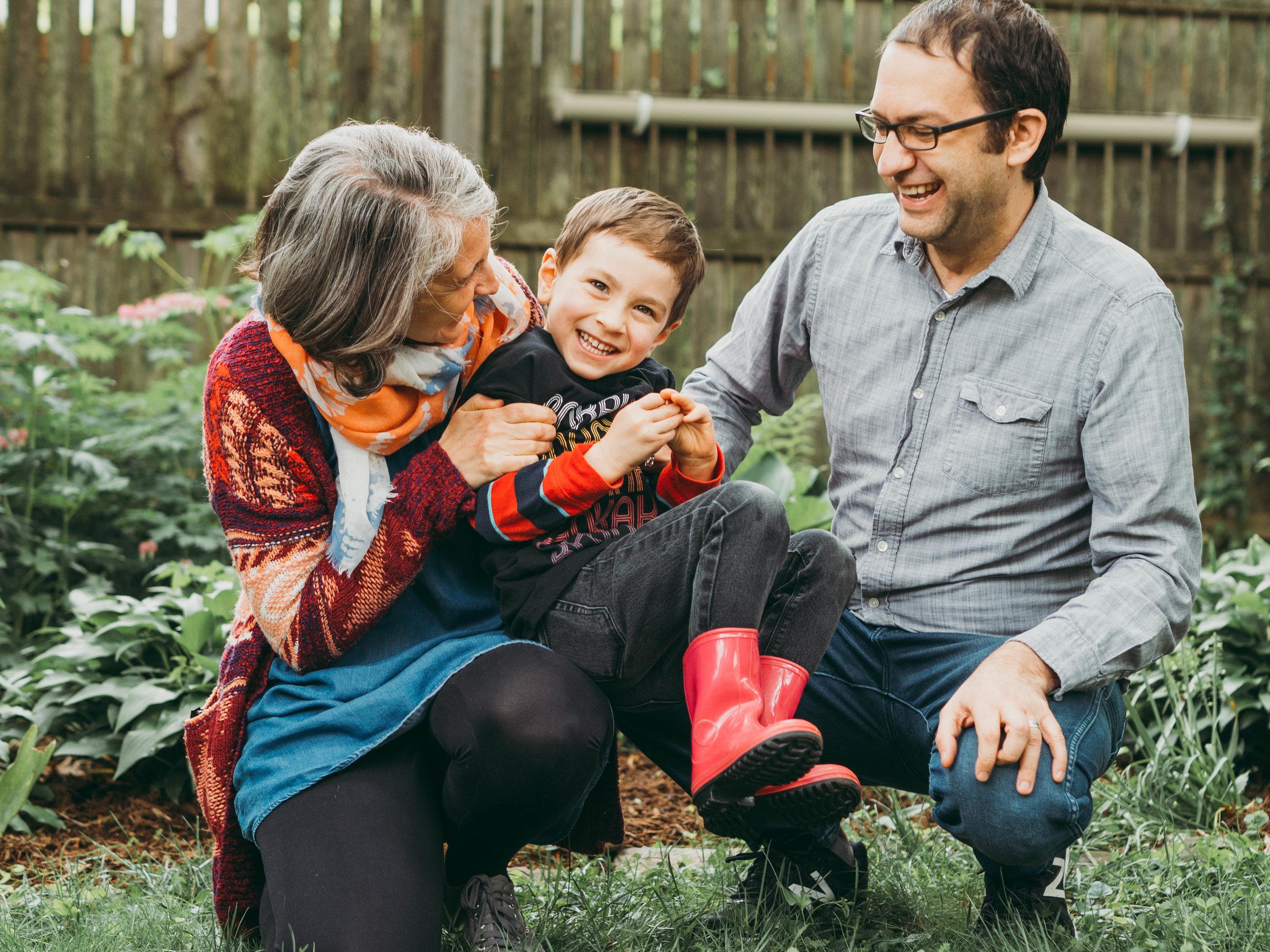 Backyard Family Photoshoot