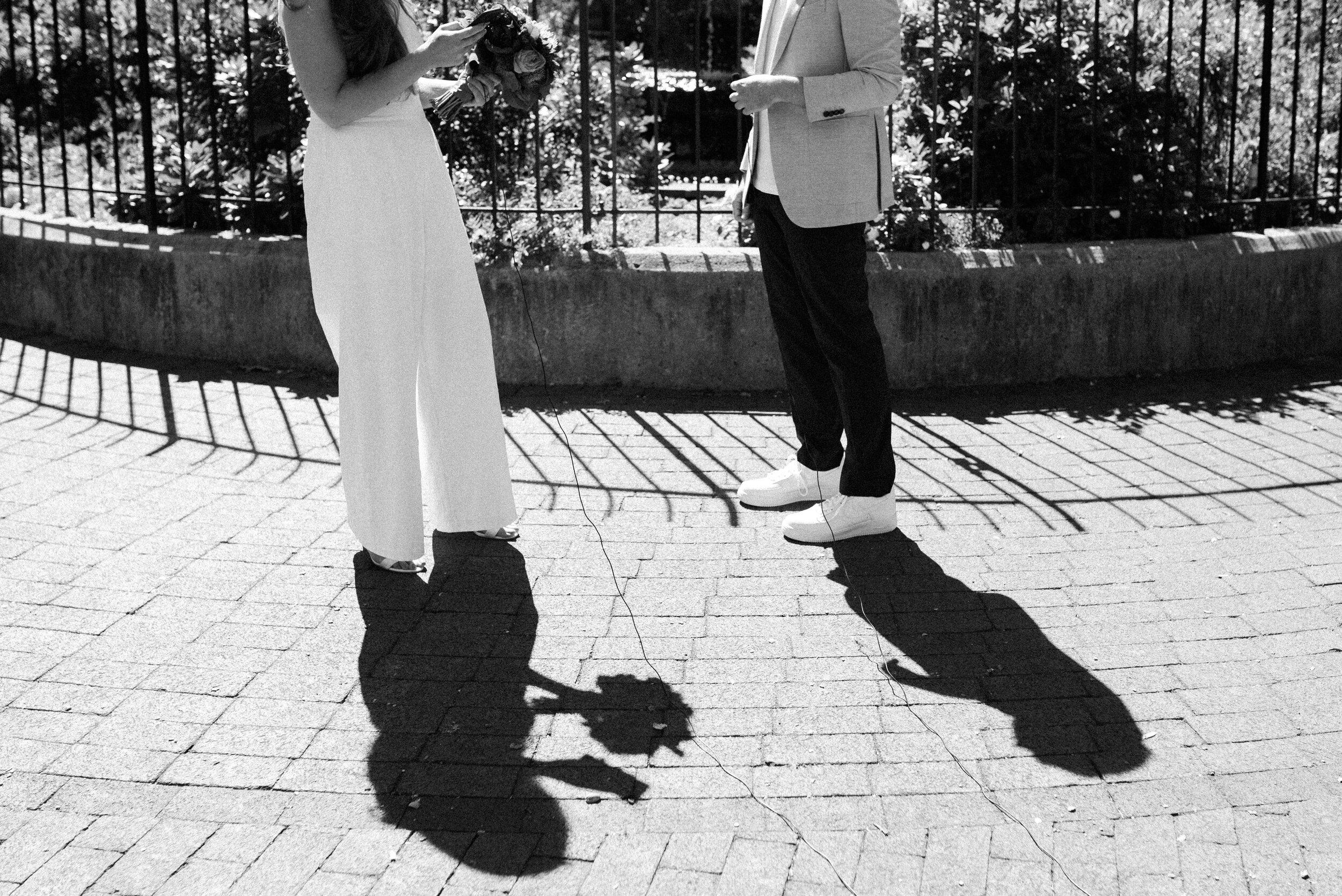 How to plan your outdoor elopement.