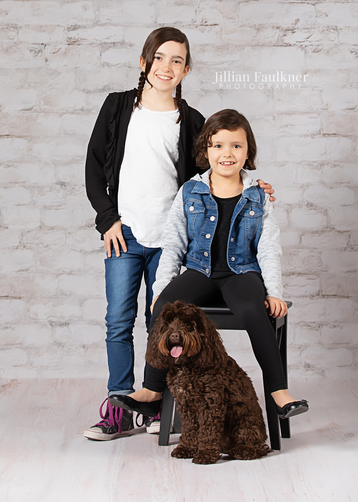 Calgary professional photographer Jillian Faulkner offers studio photography session in her home studio located in southwest Calgary, Alberta. She offers newborn, child and family portrait photography sessions that do include prints and digital files.