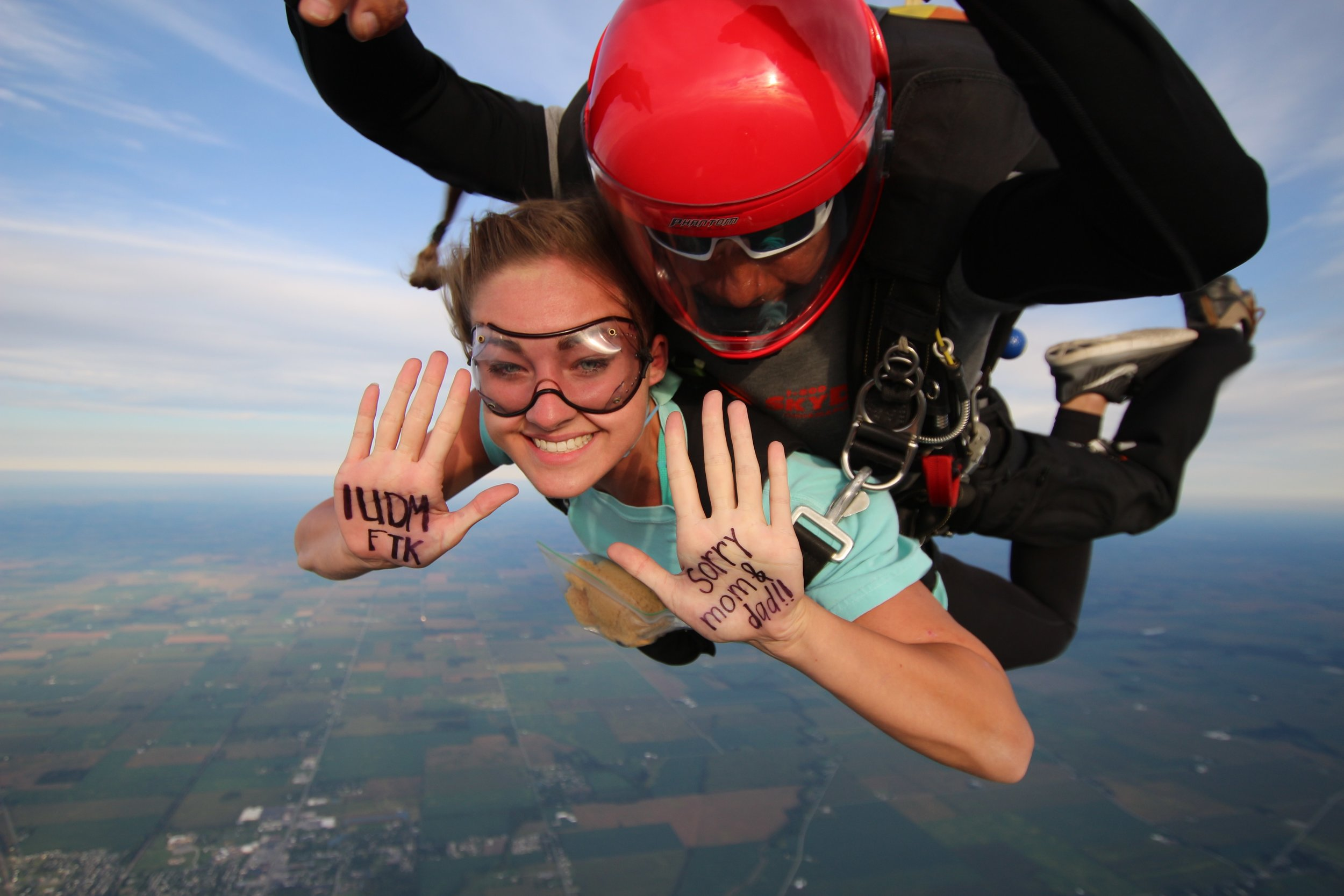 IUDM Skydiving for good