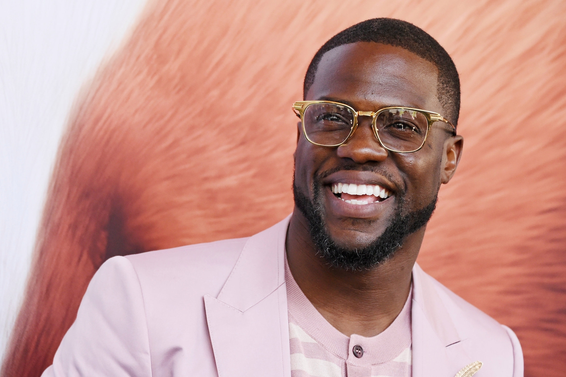 KEVIN HART - Actor / Comedian
