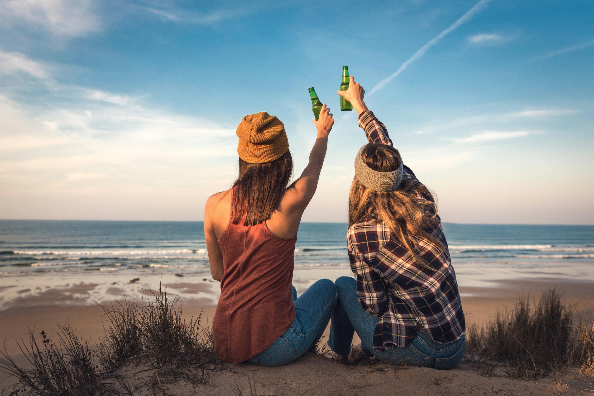 a-toast-to-friendship-UXSNP37.jpg