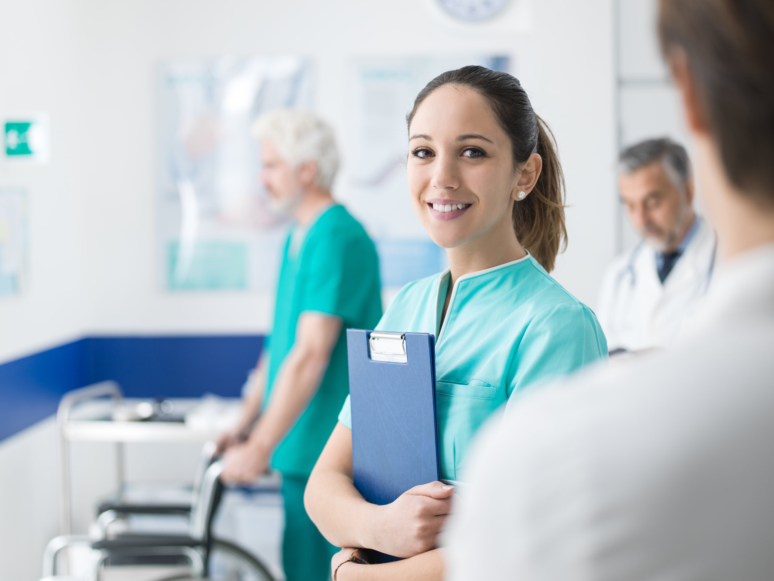 young-nurse-working-at-the-hospital-7Y2DC34.jpg