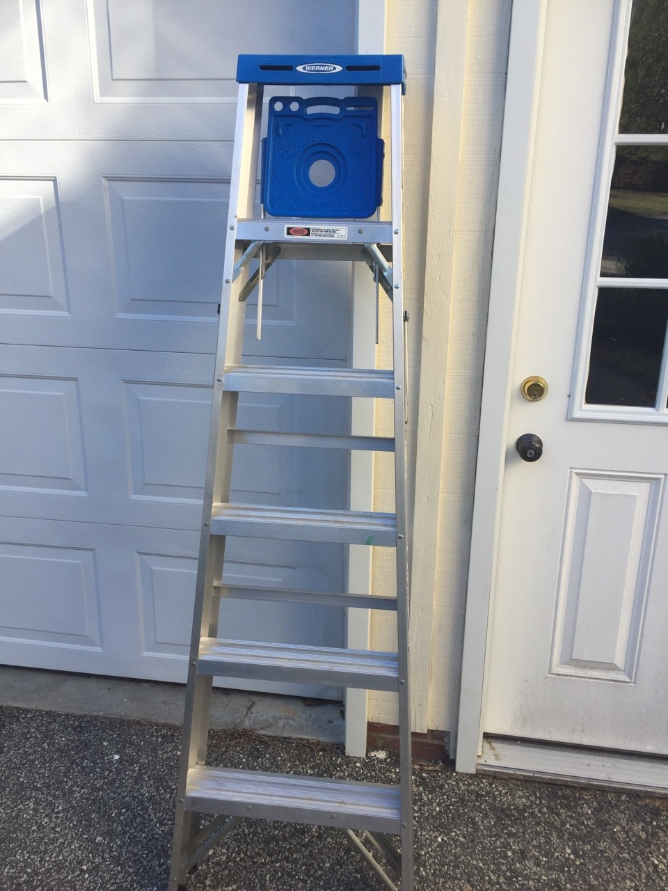 Step ladder.jpg
