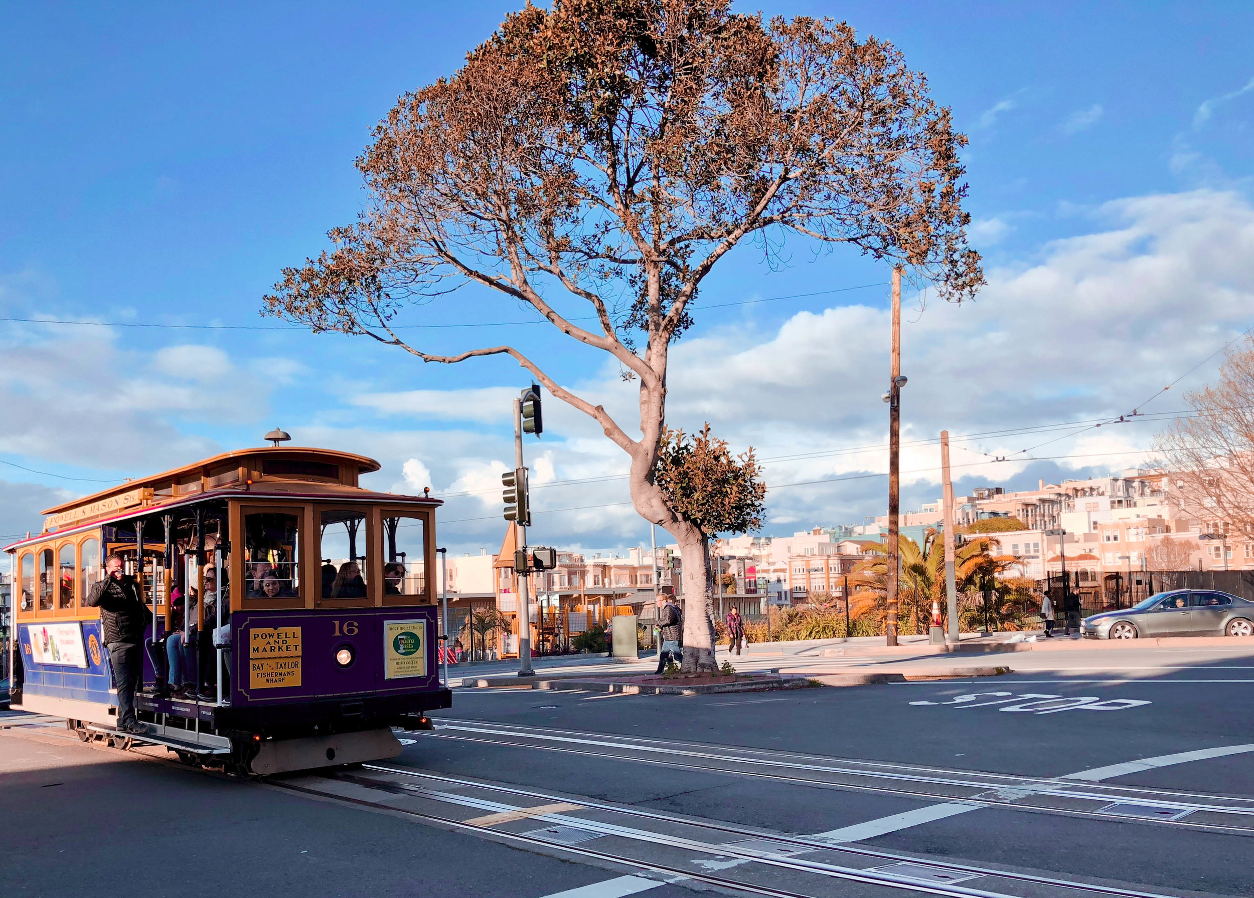 Powell-Mason cable car
