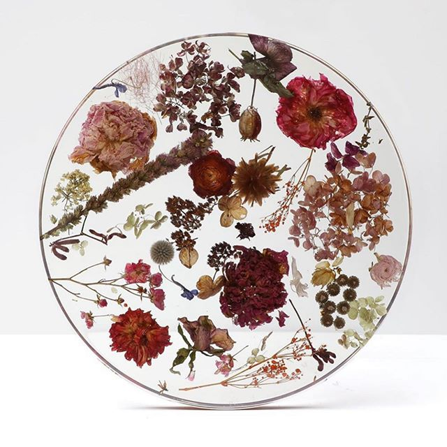 @marcinrusak Flora Clear is blowing my mind #design #materials