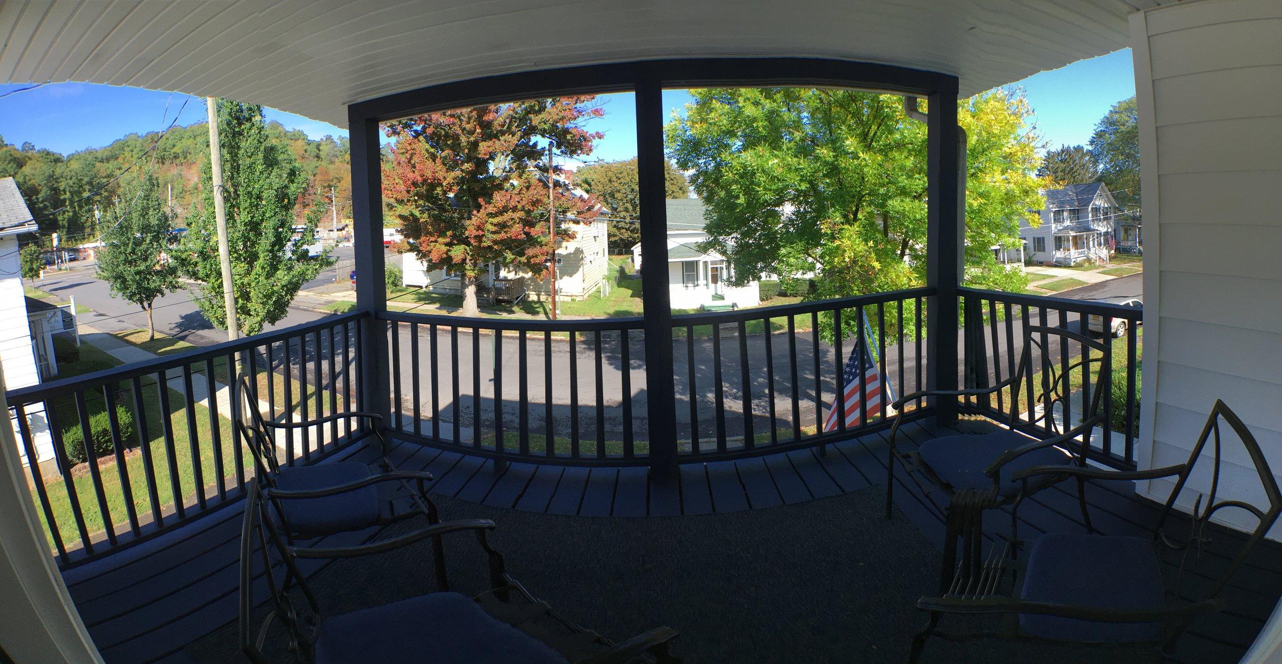 deck off the upstair.JPG