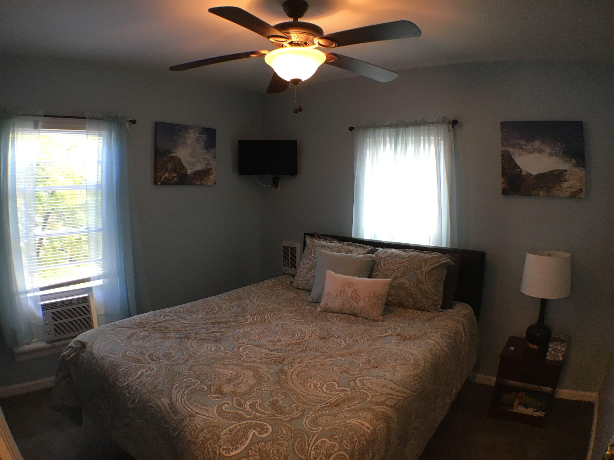 Cabernet Room 2.JPG