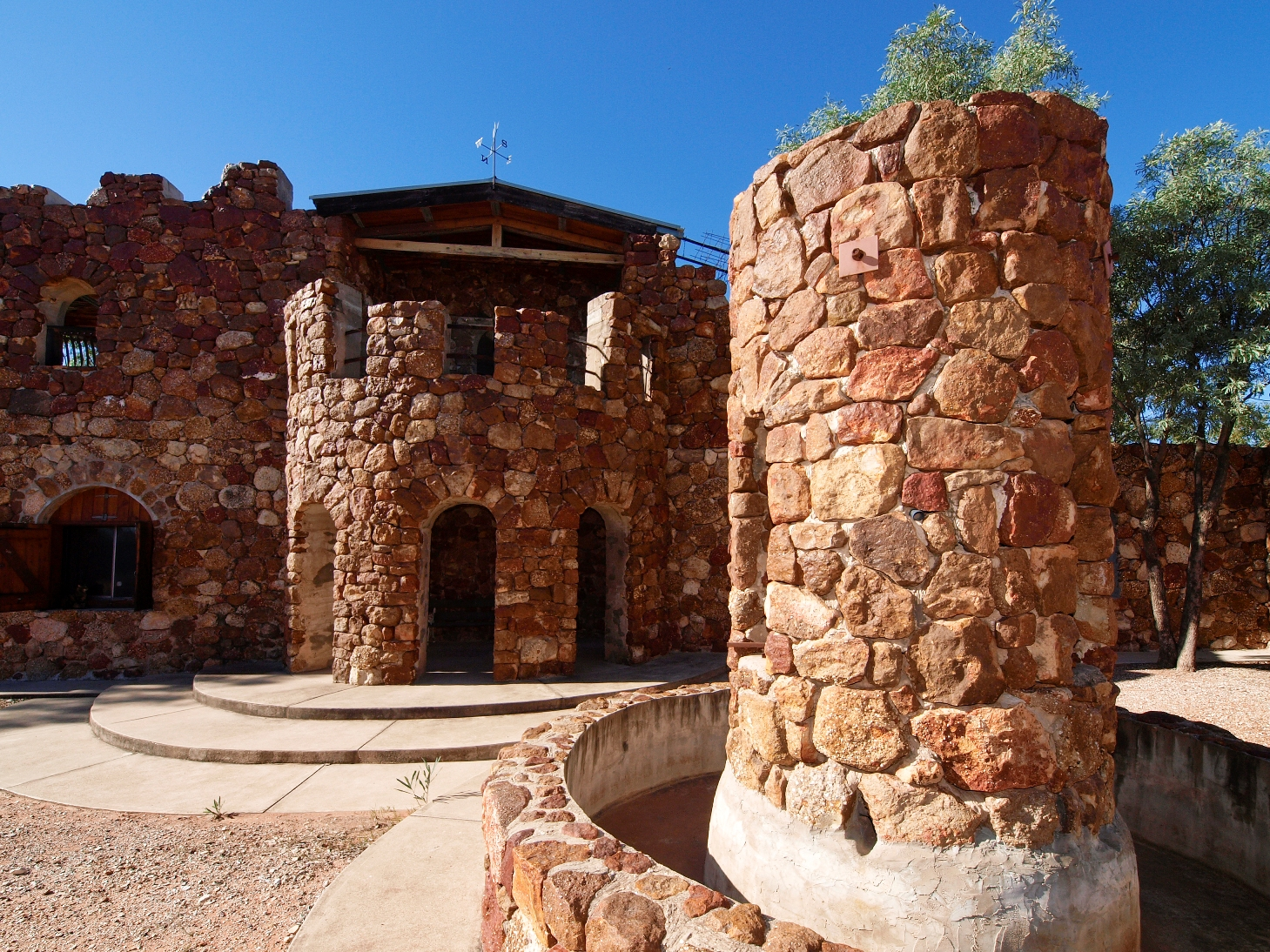 Amigos Castle, Lightning Ridge, New South Wales