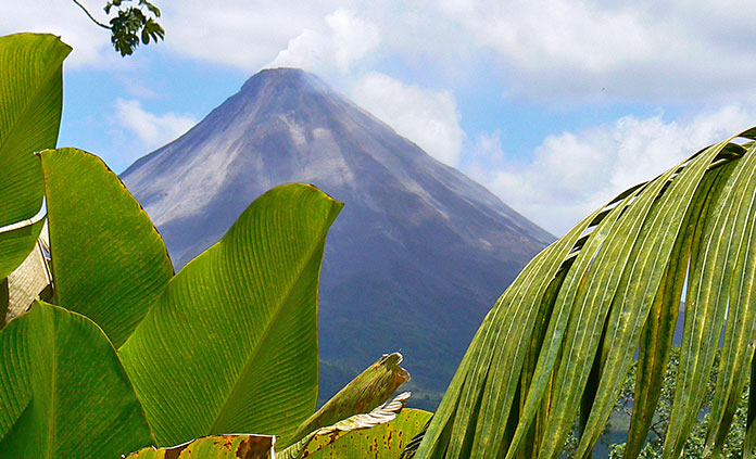 Costa Rica Multi-Adventure Tour - From howler monkeys to iguanas, sunny beaches to volcanoes, biking and hiking to white-water rafting, a world of adventure awaits in Costa Rica.