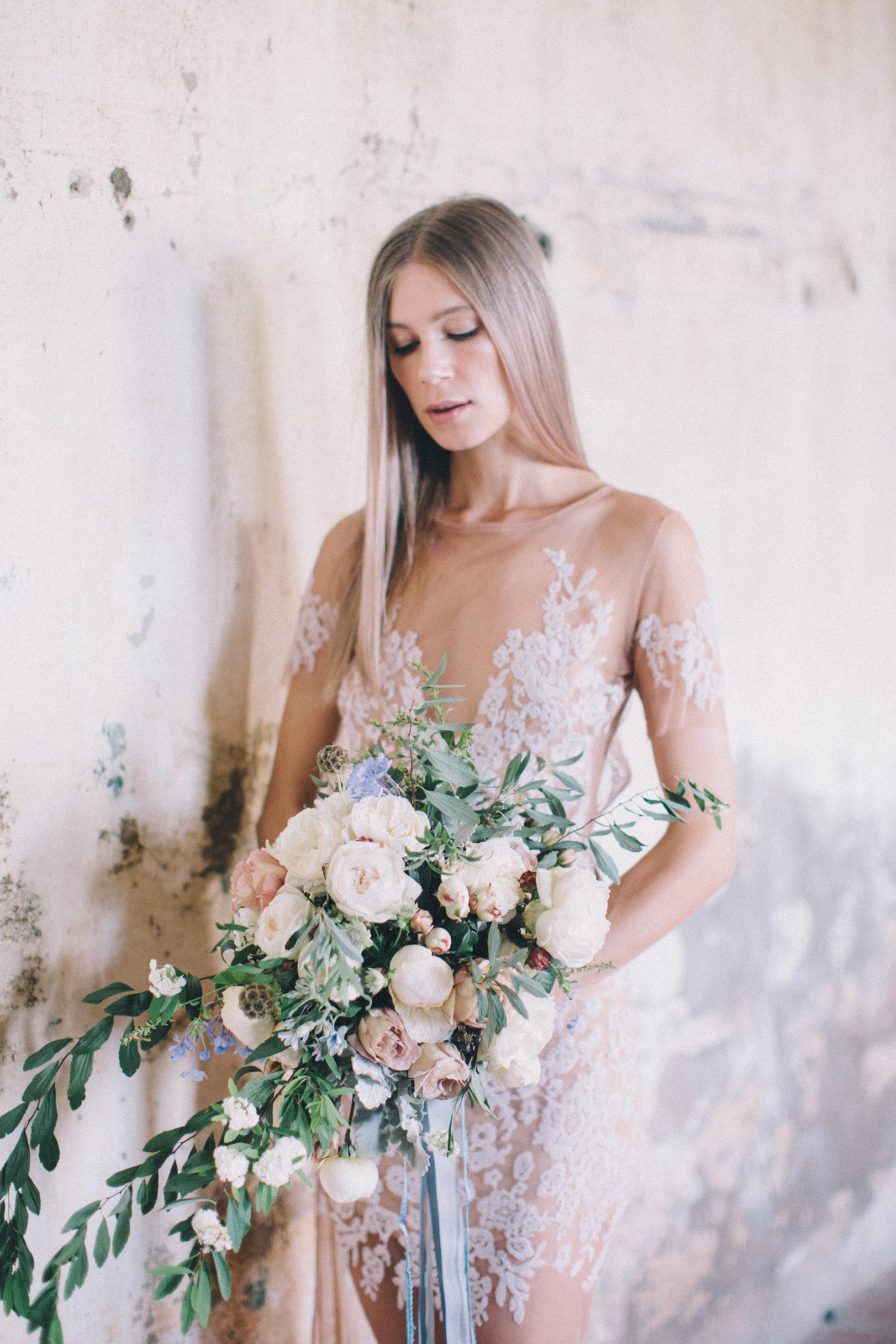 ETHEREAL BRIDE - TANIELLE JAI MUAROSE APPLE FLOWERSTHE EVENTS CO.