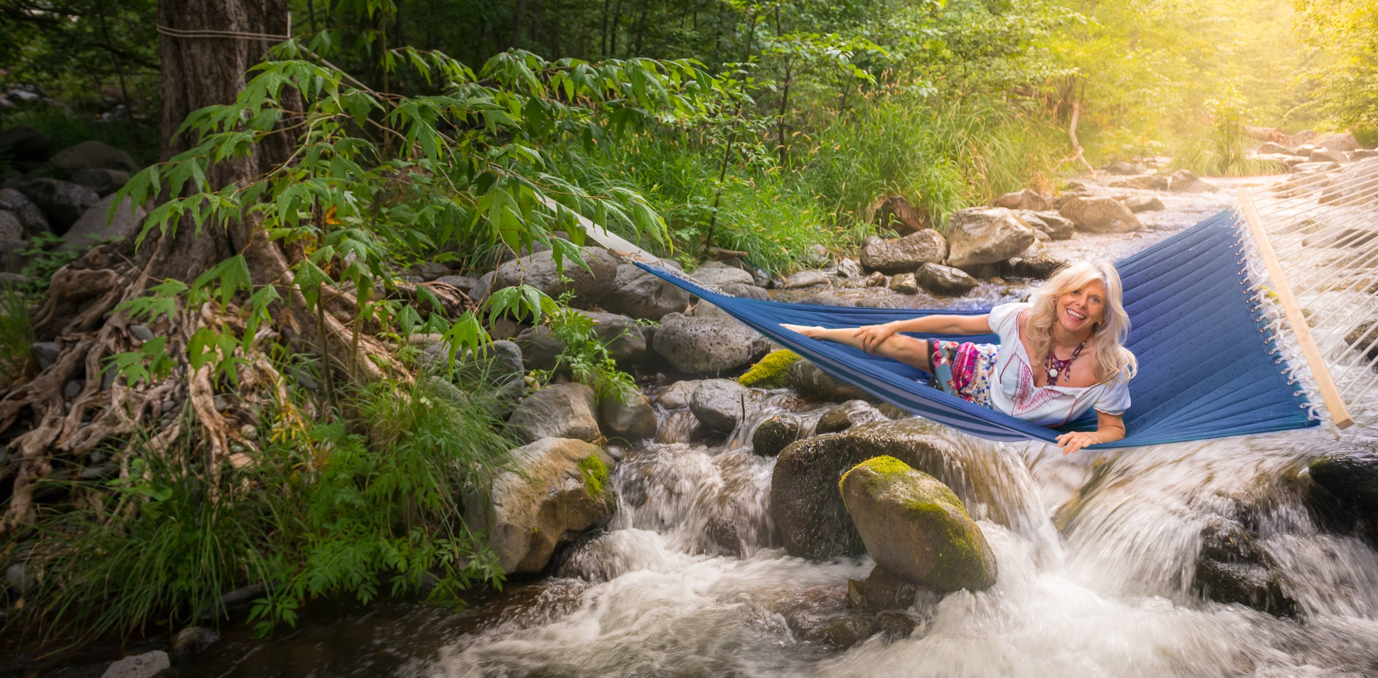 rhianne+in+hammock+over+creek.jpg