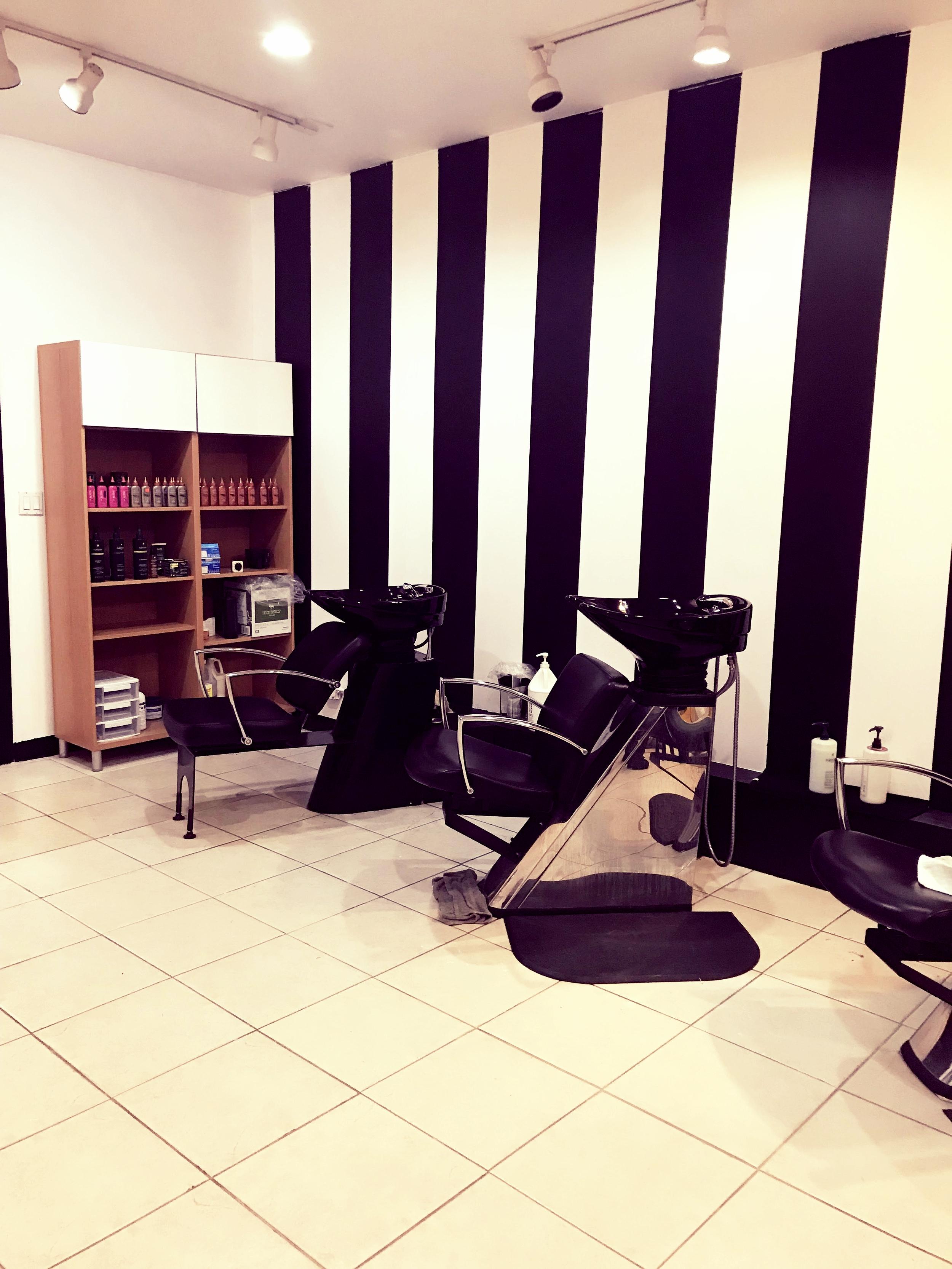 salon-chair.jpg