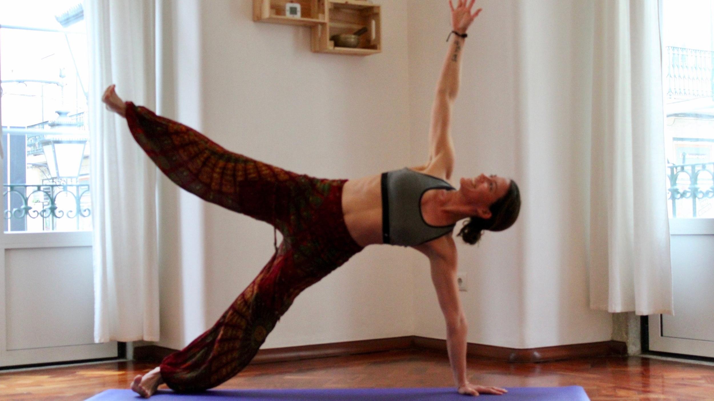 Hatha flow Yoga Yogana.jpg