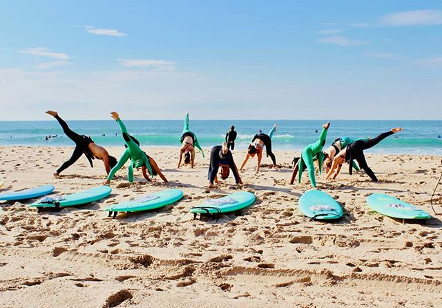 More #beachtime coming up on 20th October in #praiadecarcavelos #yoga and #surf afternoon with @yogana_love_this and @hookedsurf_  #Yogasurf #yogaatthebeach #surfingyogini #surfinportugal #surferhair #surfergirl #surfer #beachvibes #yoganapraia #yoganalisboa #yoganalovethis