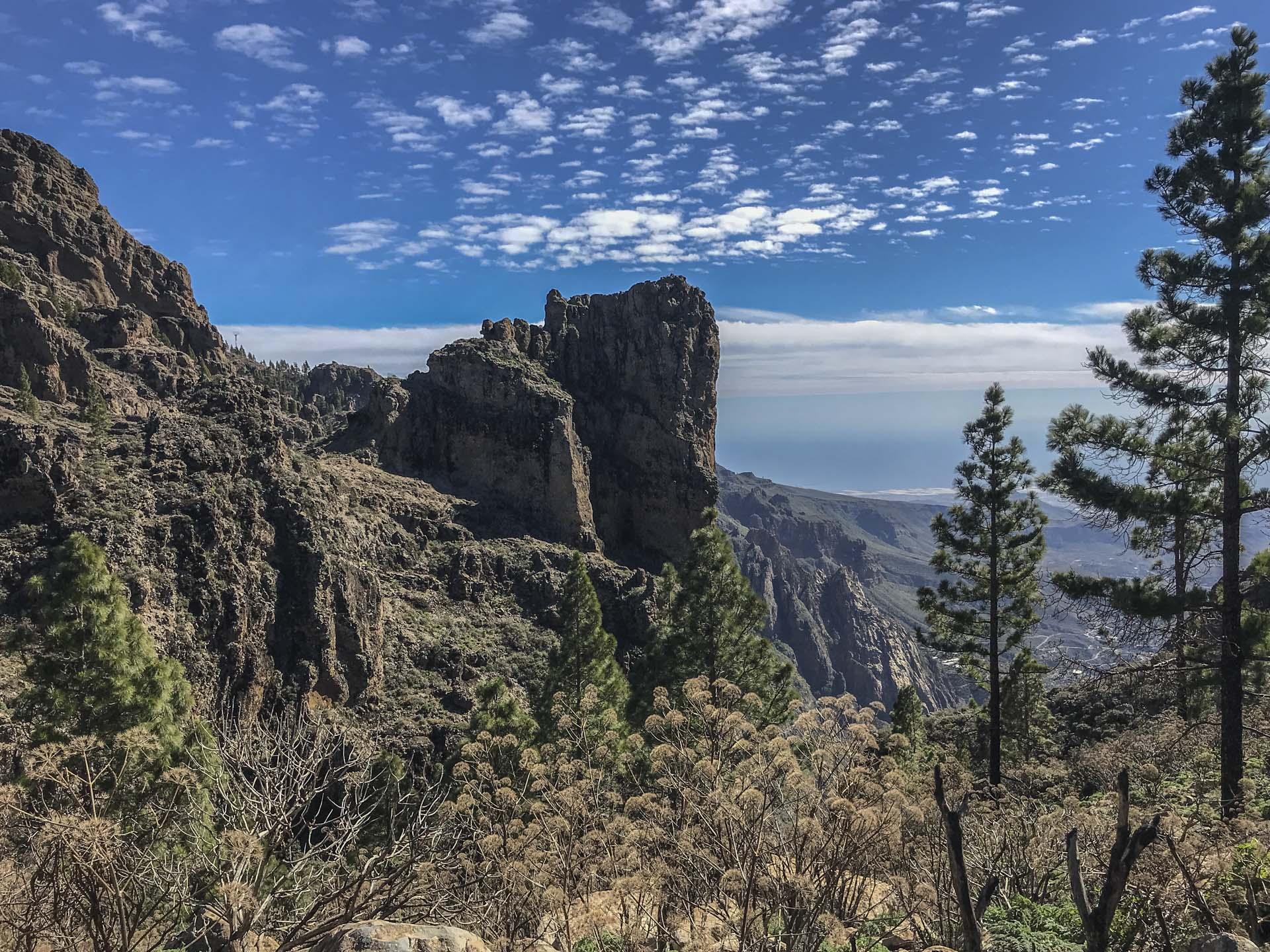 Puolentoista kilometrin korkeudelta näkee kirkkaalla säällä Tenerifan rannikon ja Teide-vuoren.