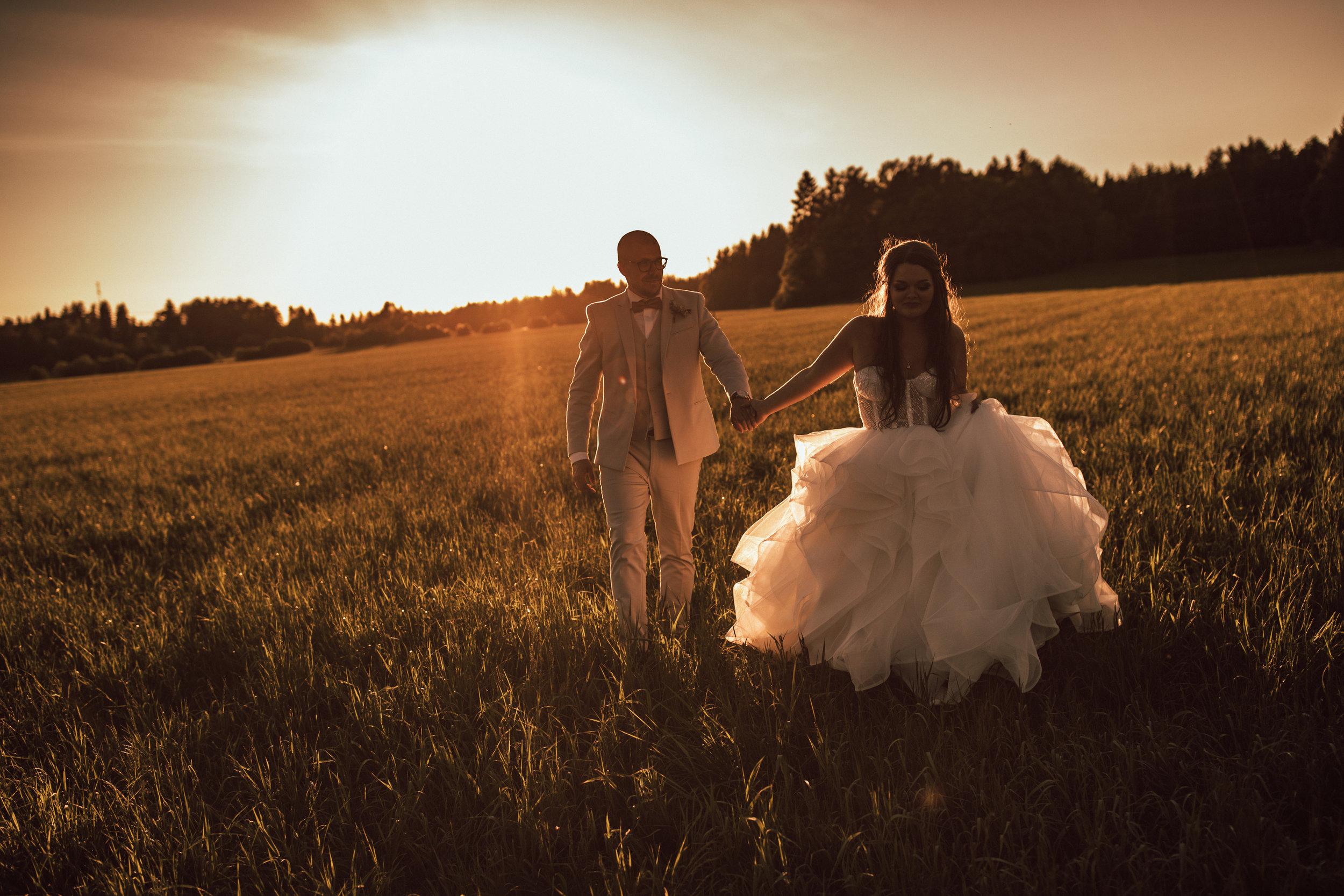 Photo:  Petri Mast  &  Maria Ahokas  Hair:  Hair Mondo  Mua:  Studio Meliina Savela  Flowers:  Kukka Fiori