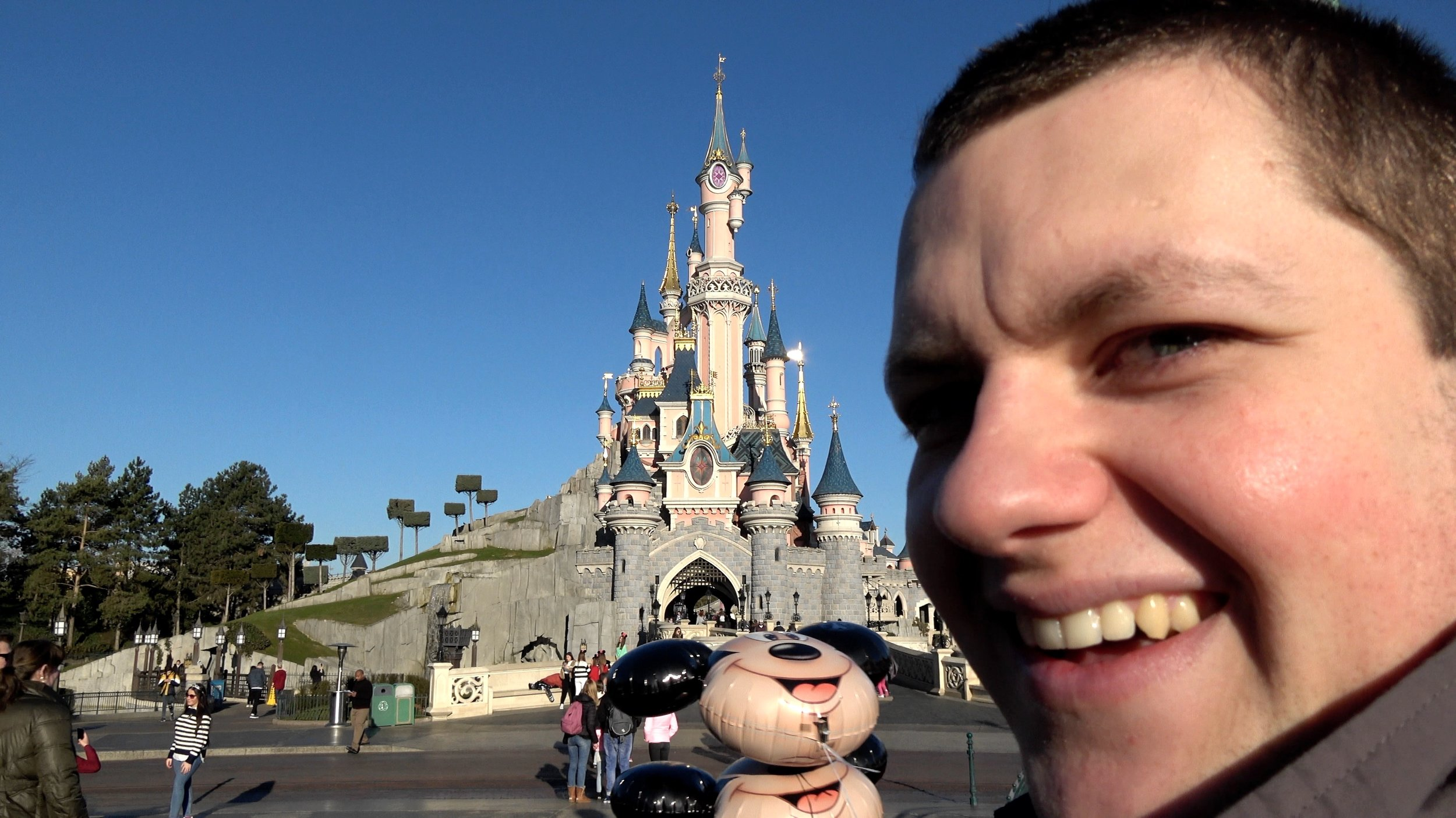 Disneyland Paris 2019 Fun.jpg