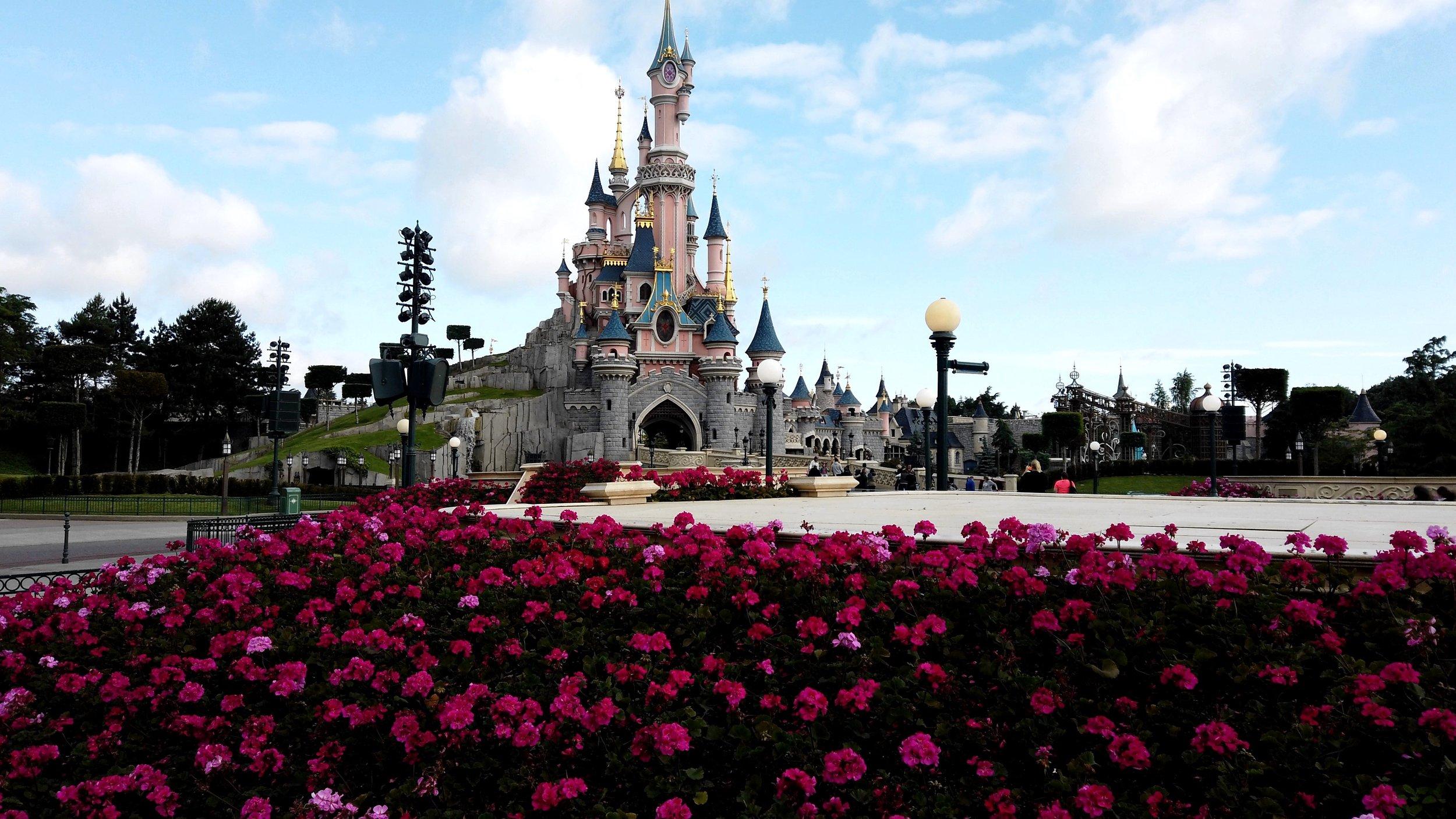 Relaxing stroll around Boot Hill at Phantom Manor at Disneyland Paris.jpg
