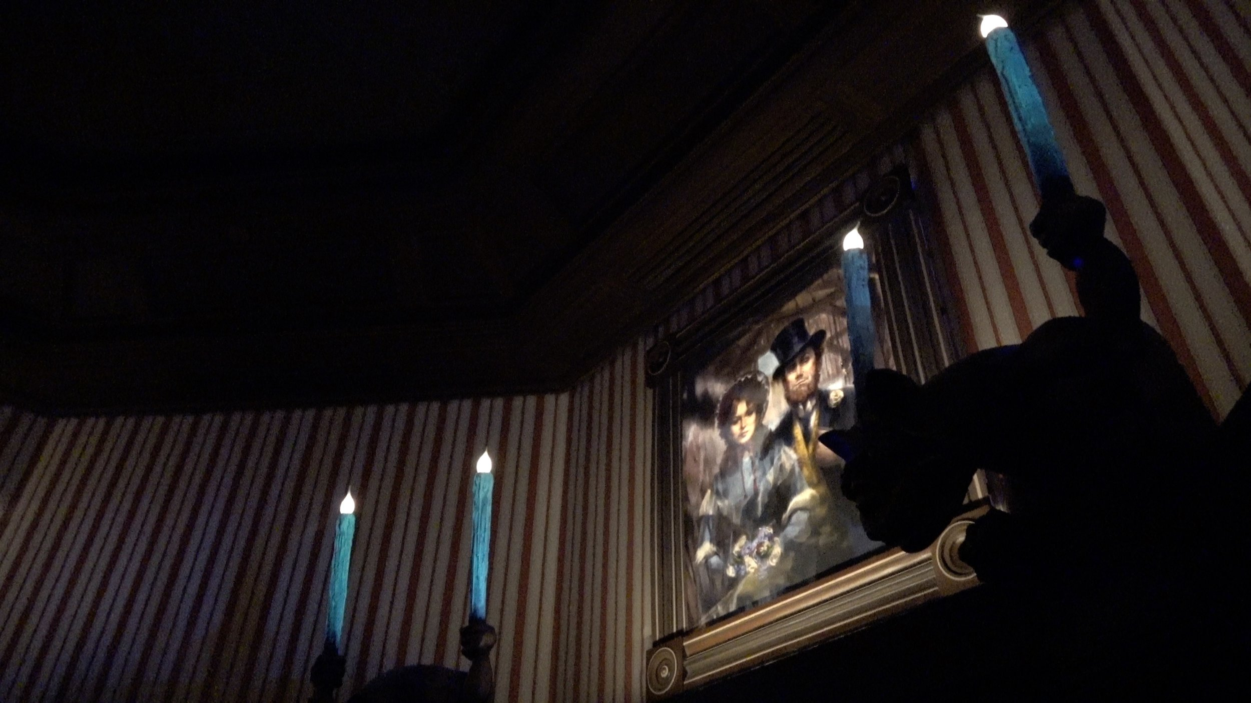 Phantom Manor 2019 in 4K low Light at Disneyland Paris.jpg