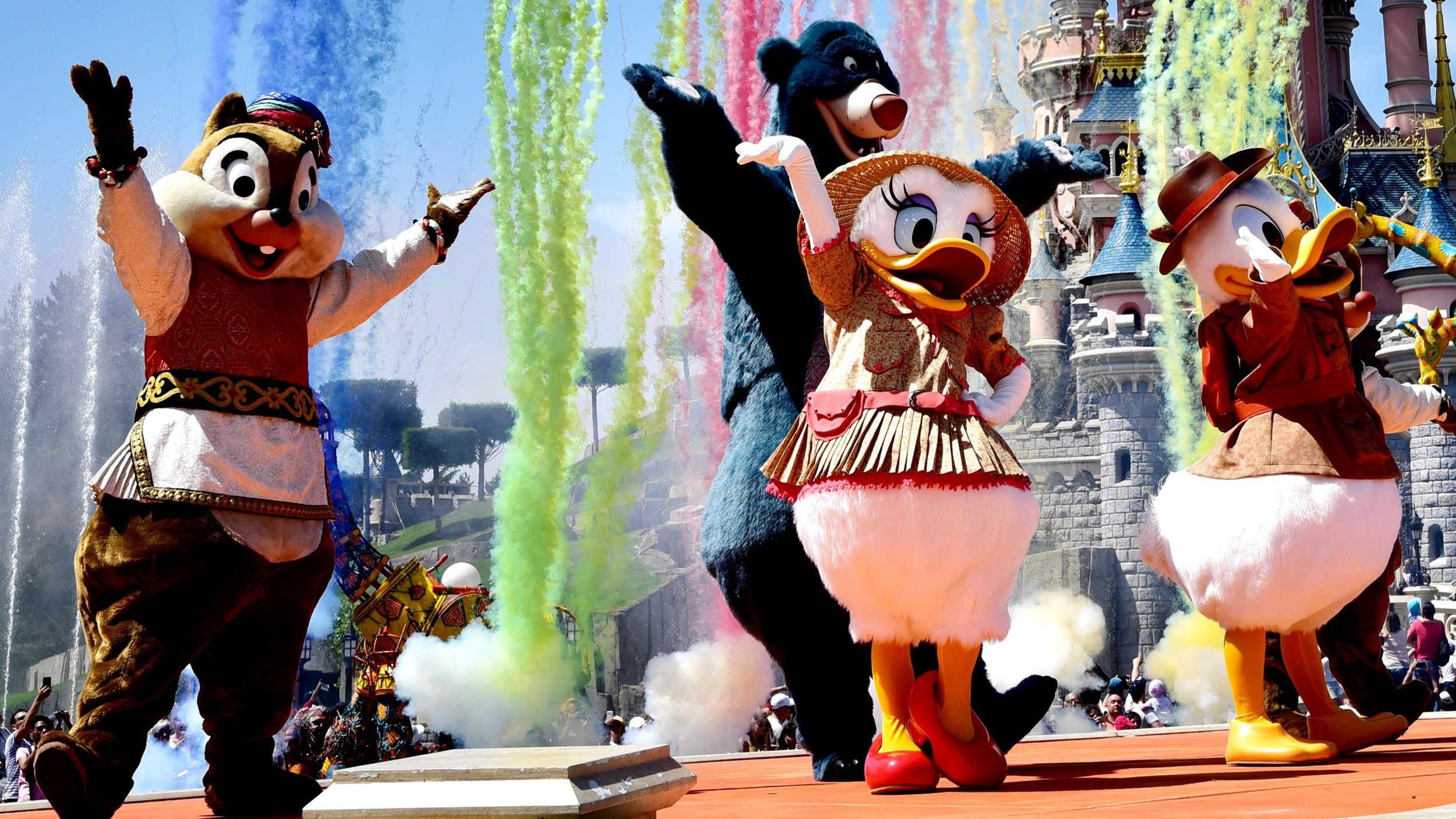 The Jungle Book Jive in 4K during The Lion King and Jungle Festival 2019 at Disneyland Paris.jpg