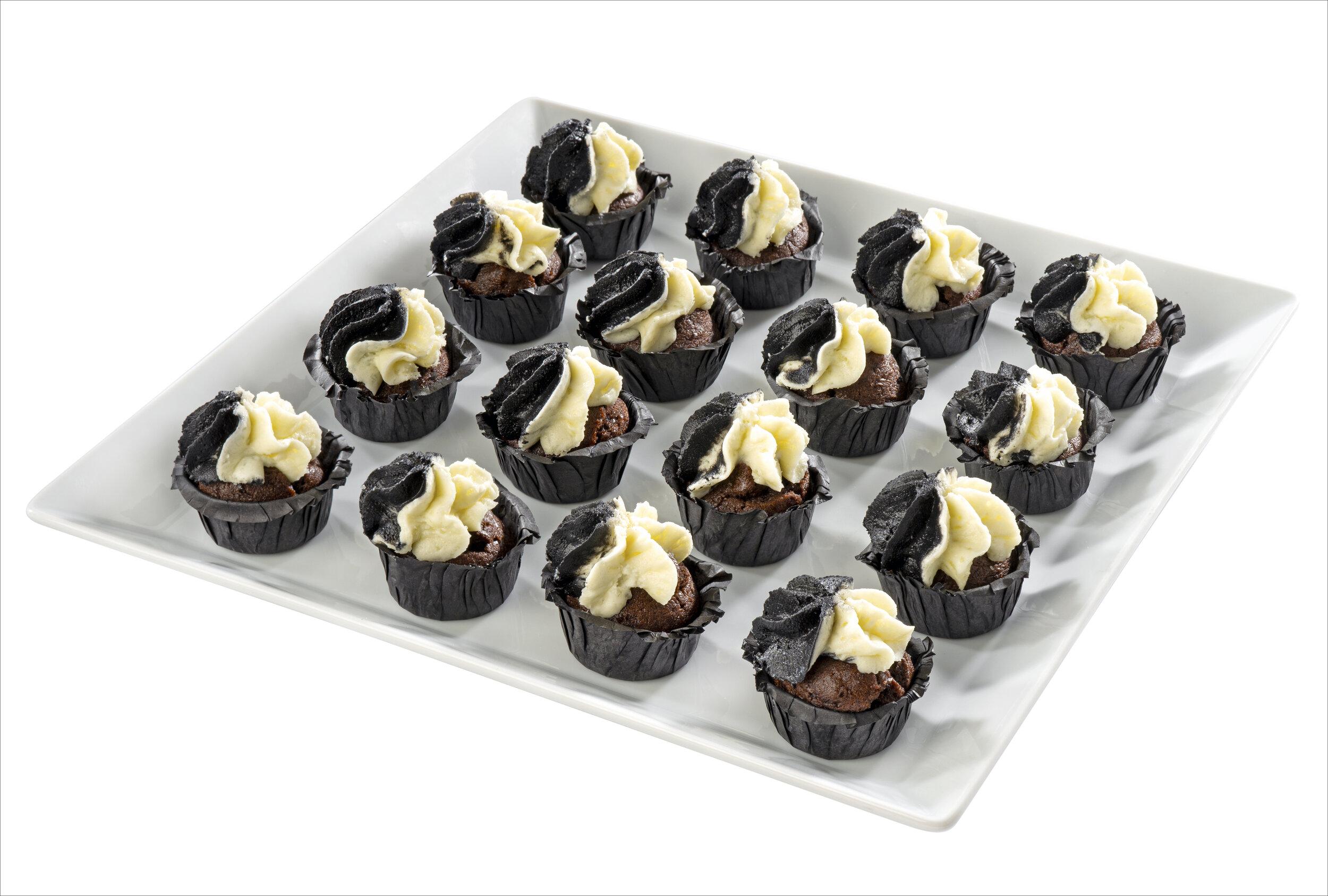 BUFFET - Cupcake Cruella.jpg