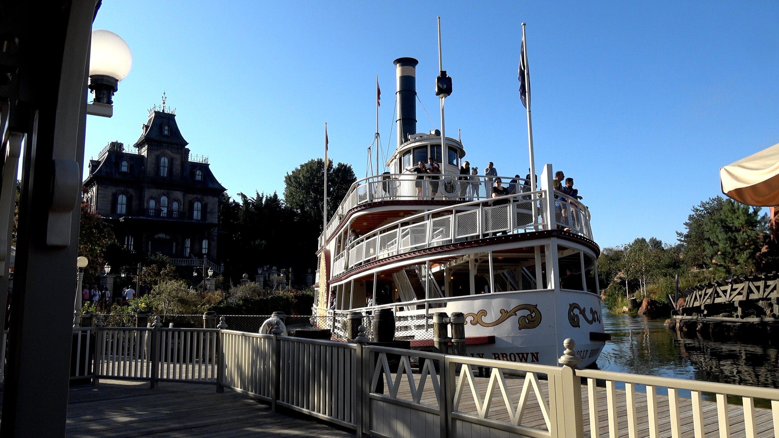 No Restrooms on this boat at Disneyland Paris.jpg