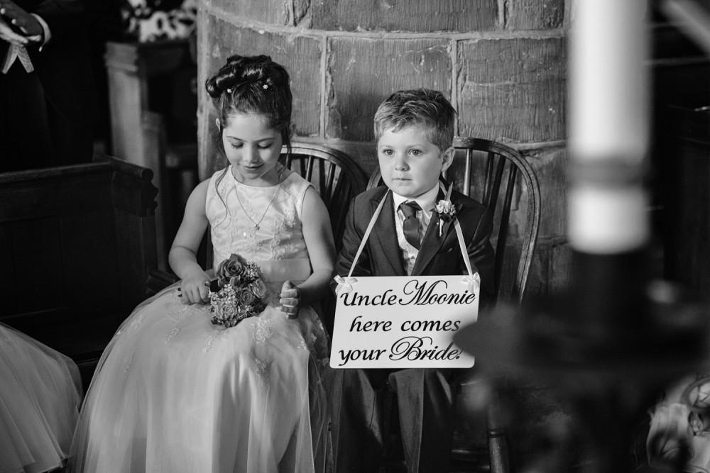 leri-lane-photography-wales-shropshire-photgrapher-maesmawr-oswestry-broneirion-plasdinam-gregynog-elan-valley-2016-weddings-34-1000x667.jpg
