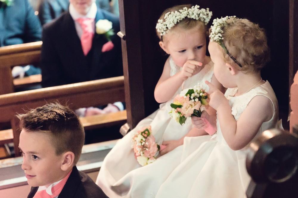 leri-lane-photography-wales-shropshire-photgrapher-maesmawr-oswestry-broneirion-plasdinam-gregynog-elan-valley-2016-weddings-38-1000x667.jpg