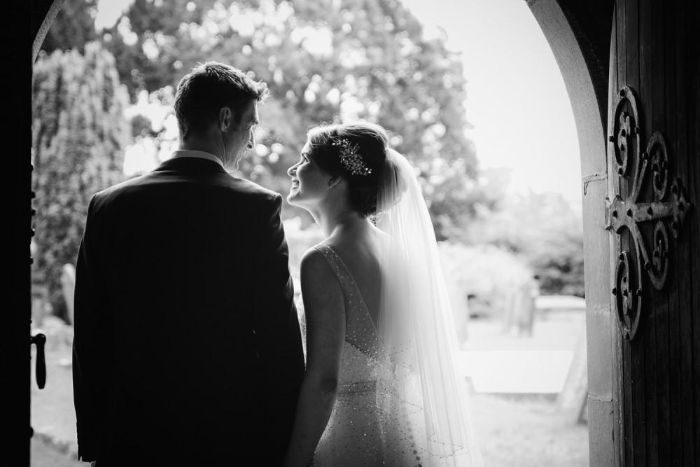 leri-lane-photography-wales-shropshire-photgrapher-maesmawr-oswestry-broneirion-plasdinam-gregynog-elan-valley-2016-weddings-46-1000x667.jpg