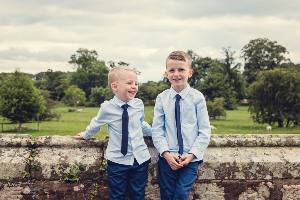 leri-lane-photography-wales-shropshire-photgrapher-maesmawr-oswestry-broneirion-plasdinam-gregynog-elan-valley-2016-weddings-49-1000x667.jpg