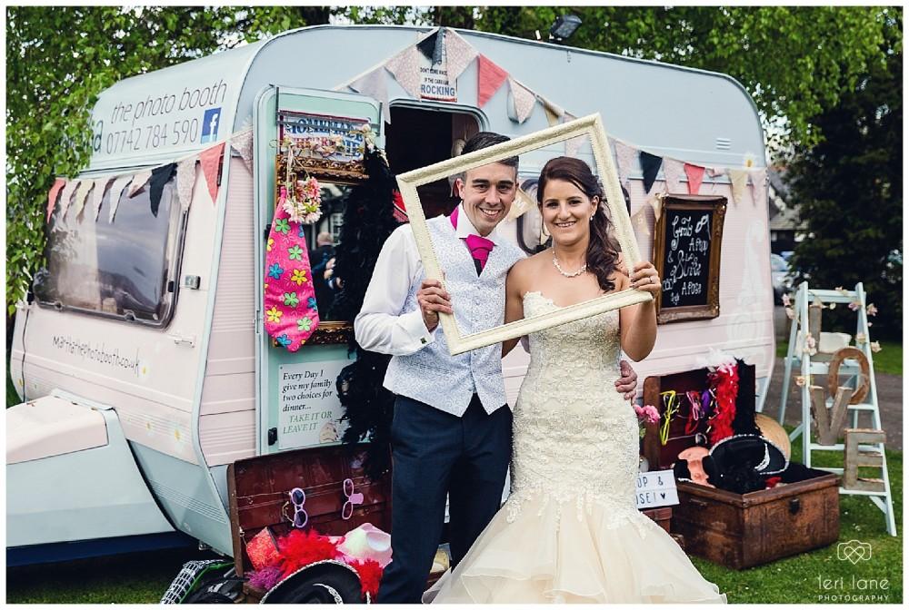 maesmawr-wedding-april-pink-bride-welsh-leri-lane-photography-38-1000x672.jpg