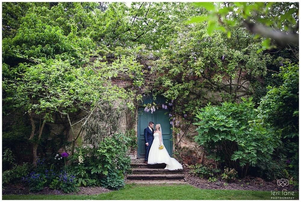 jodie-adam-walcott-walcot-unique-venue-hall-spring-wedding-shropshire-wedding-photogarpher-leri-lane-photography-49