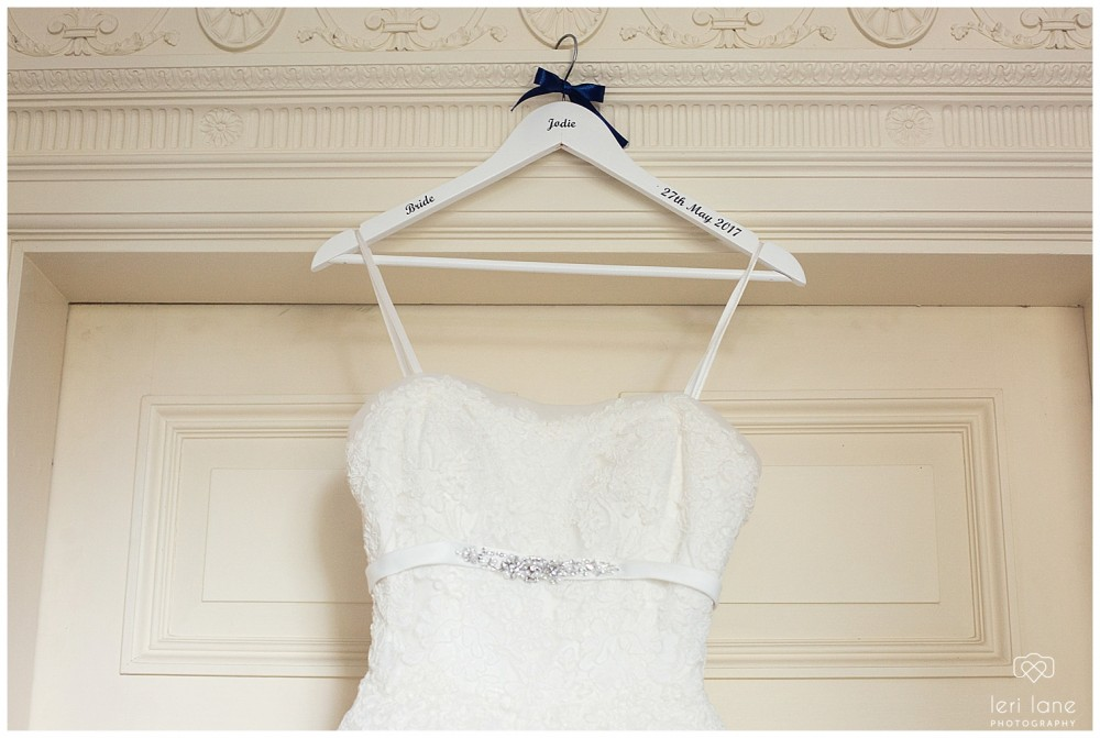 jodie-adam-walcott-walcot-unique-venue-hall-spring-wedding-shropshire-wedding-photogarpher-leri-lane-photography-8