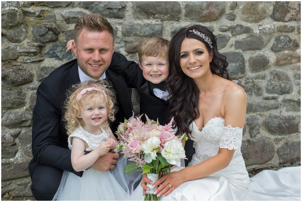 LeriLanePhotography_wedding_Elephant_castle_neetown_Mid_Wales_Photography_Chrissie_mathew-25