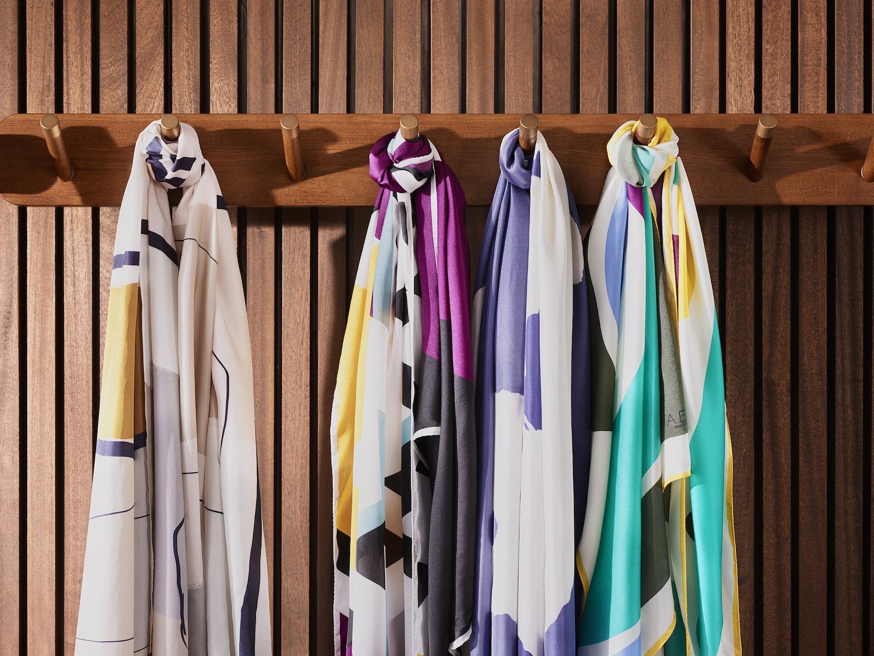 009-icon-artist-management-katie-hammond-advertising-jaeger-scarves.jpg
