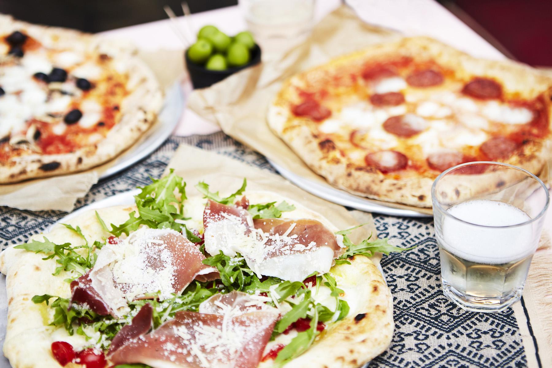 icon-artist-management-katie-hammond-food-pizzas_528_ret_flat.jpg