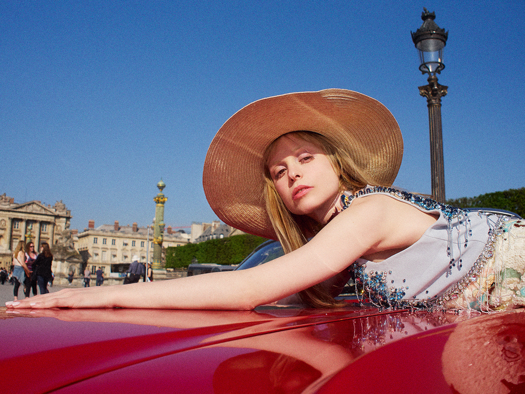 214-icon-artist-management-Kristin-Vicari-Fashion-Elle Japan x Petite Meller05.jpg