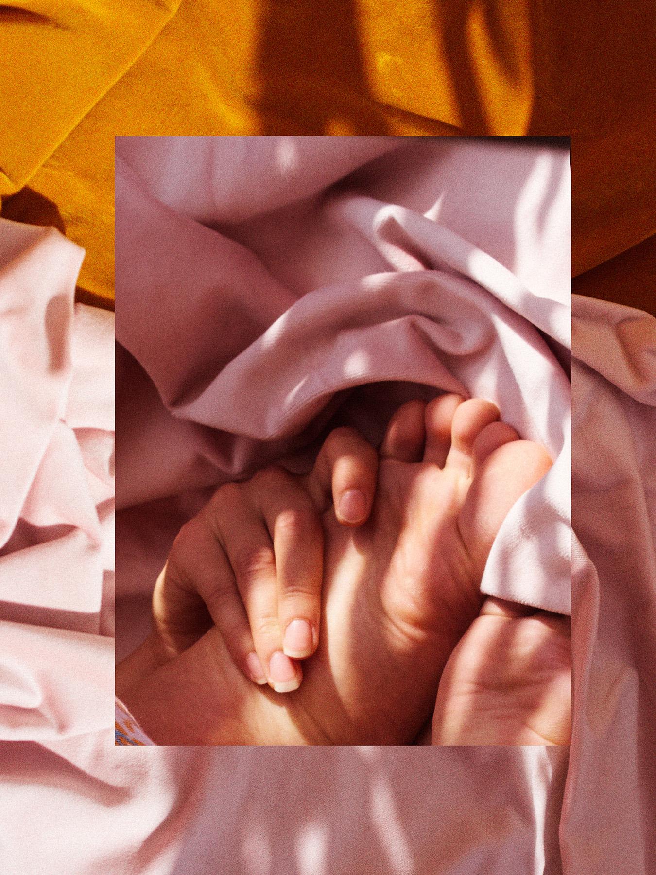 023-icon-artist-management-Kristin-Vicari-Girls and Flowers-23.jpg