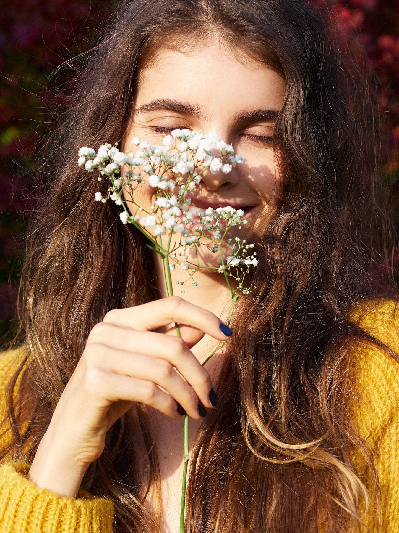 043-icon-artist-management-Kristin-Vicari-Girls and Flowers-43.jpg