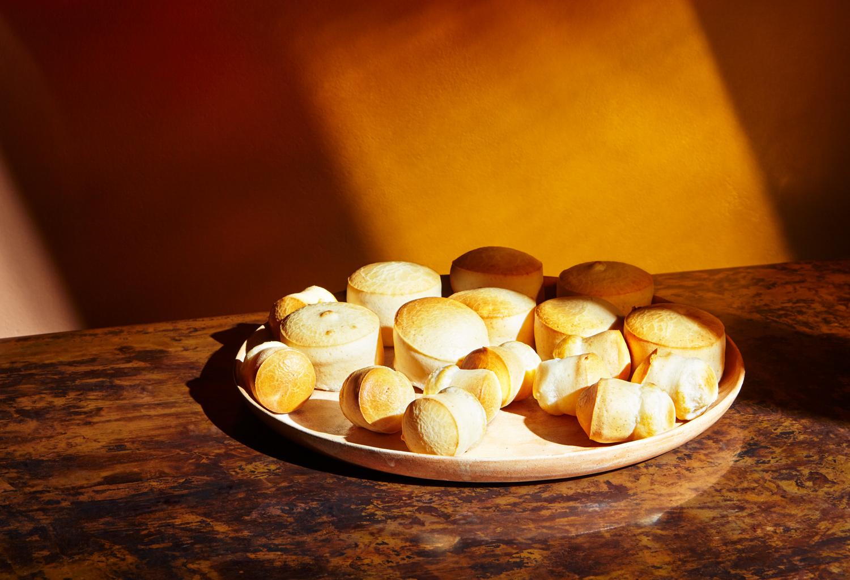 icon-artist-management-katie-hammond-food-buns-and-buns-001.jpg