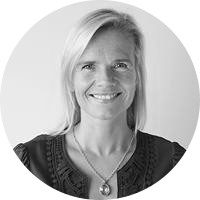 Heleen Dura - van Oord    Founding Partner   Co-Founder & Partner PeakCapital  Co-Founder DQ&A Media Group  Business woman of the year 2013