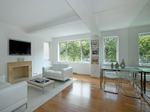 livingroom_thmb.jpg