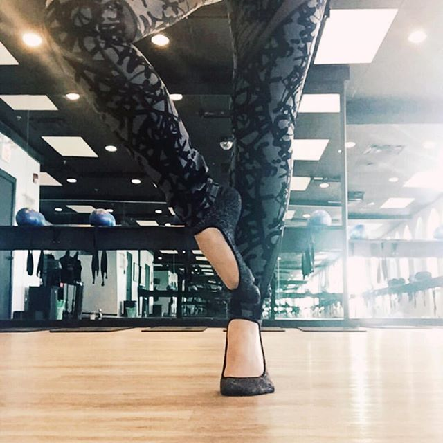 Shashi socks making your days at the studio that much better👯♀️ . . www.shashionline.ca