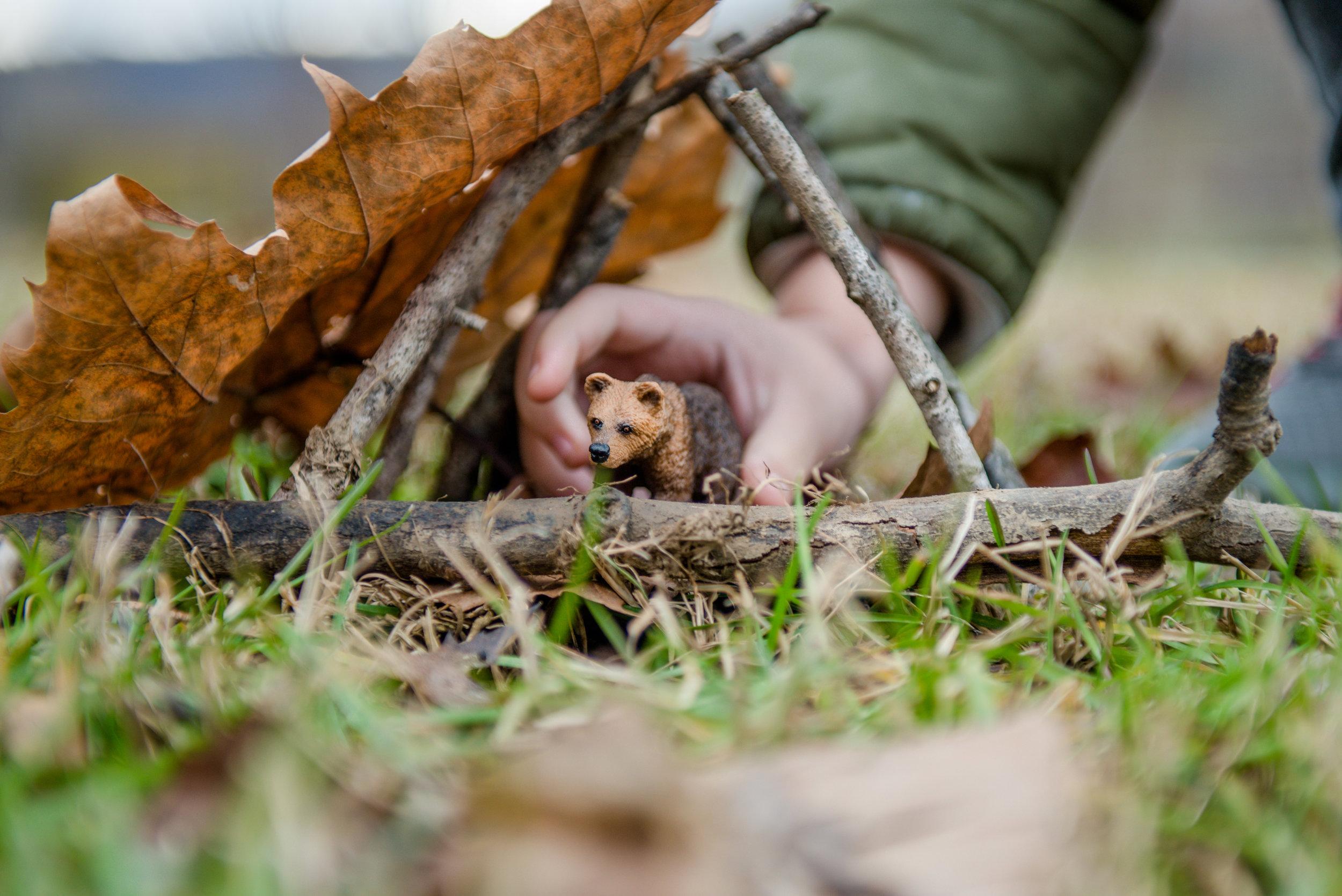 Den-building challenge, featured in the Wonderkin Winter Wildlife Box