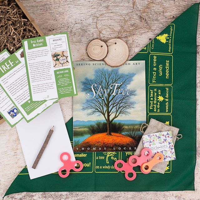 🍁Have the leaves started changing in your neck of the woods? 🍂 Get into the fall spirit with the Wonderkin Tree Box, available now in our online shop (link in bio) . . . . . #childhoodunplugged #playmatters #kidsinnature #natureplay #natureplayforall #outdoorplay #letthembelittle #optoutside #fallcrafts #goplayoutside #fallcraftsforkids #fallkidscrafts #naturestudy #homeschool #wildandfreechildren #outdoorkids #outdoorfamilies #wildschooling #wonderkinbox #wonderkin