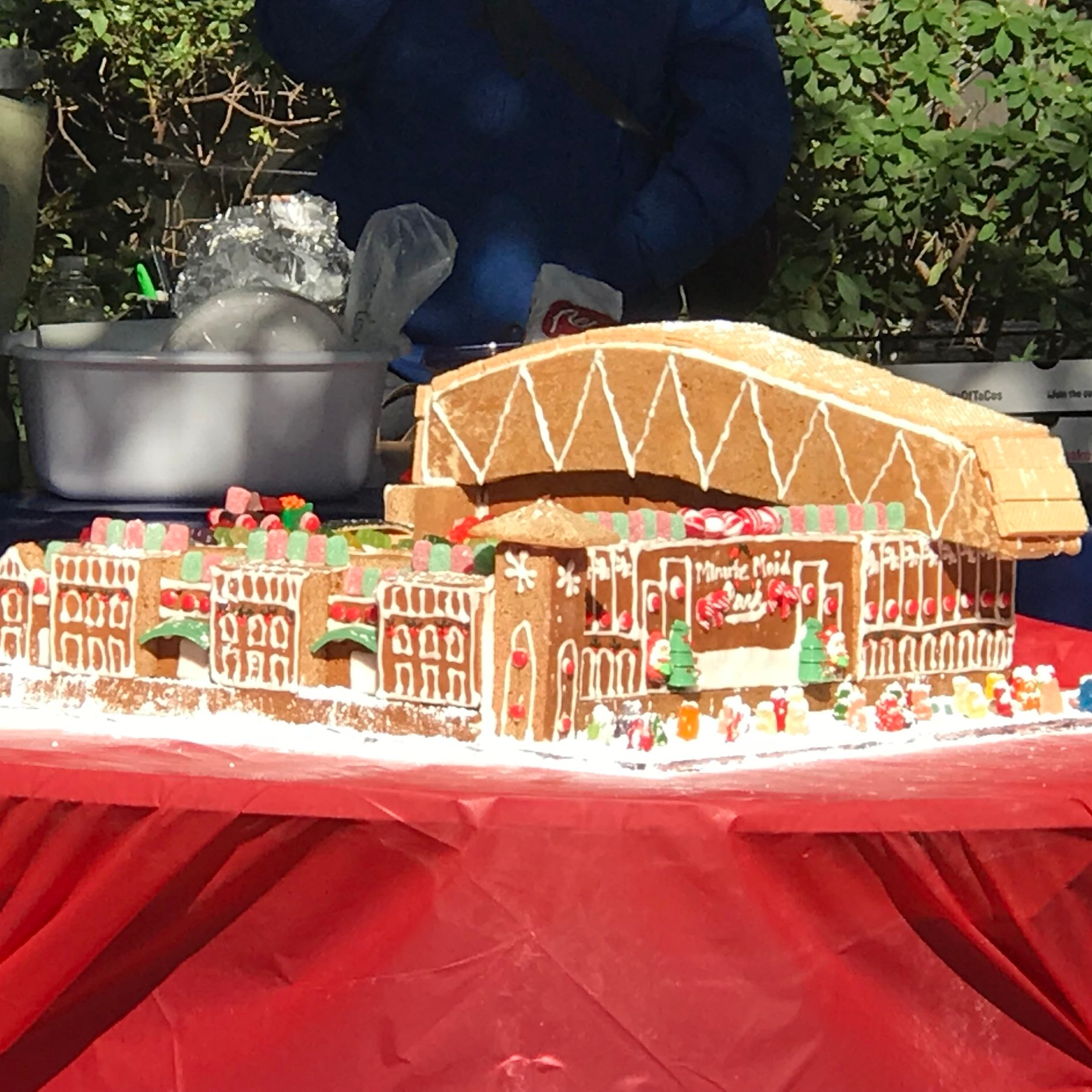 2017 AIA GINGERBREAD BUILD-OFF - Goree Architects WINNER of Best Houston-Centric theme!