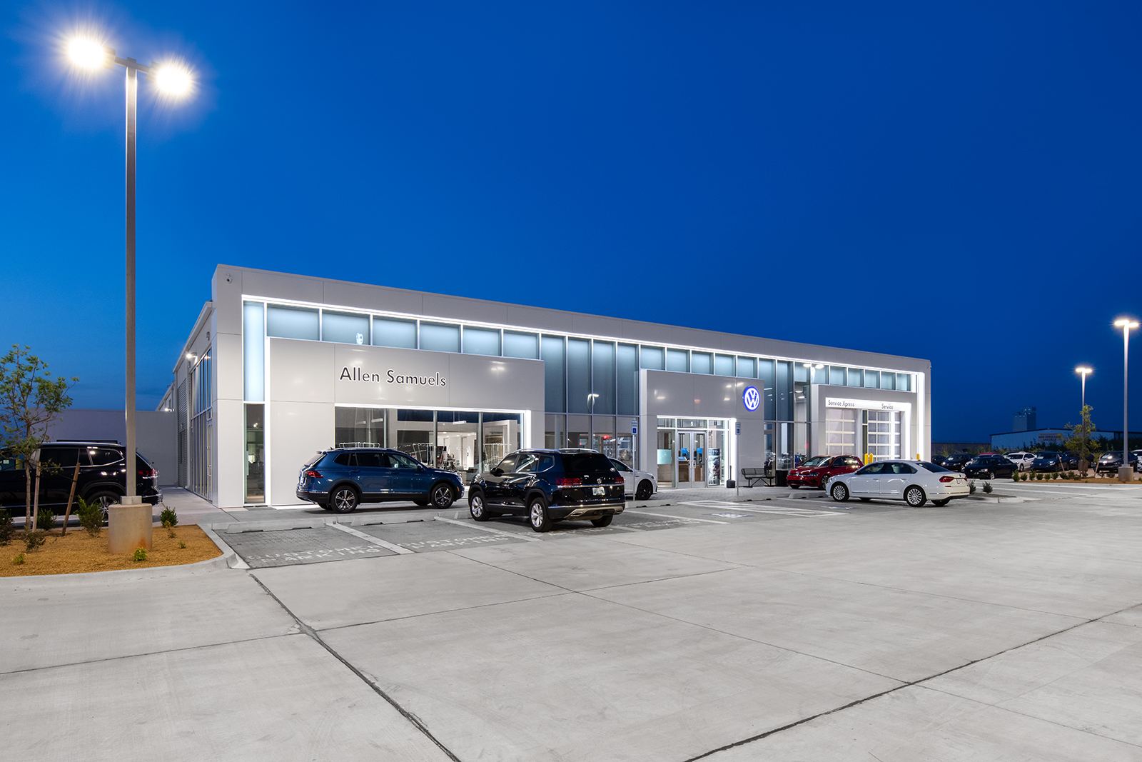 ALLEN SAMUELS VOLKSWAGEN - This is the second ground-up, current Volkswagen image facility completed by Goree Architects. We worked closely with the Dealer, Volkswagen, CBRE, the General Contractor, and the Dealer's vendors to provide an image compliant facility.